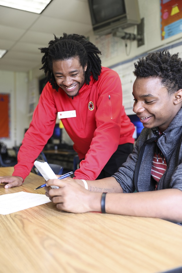 AmeriCorps volunteer works with Philadelphia student