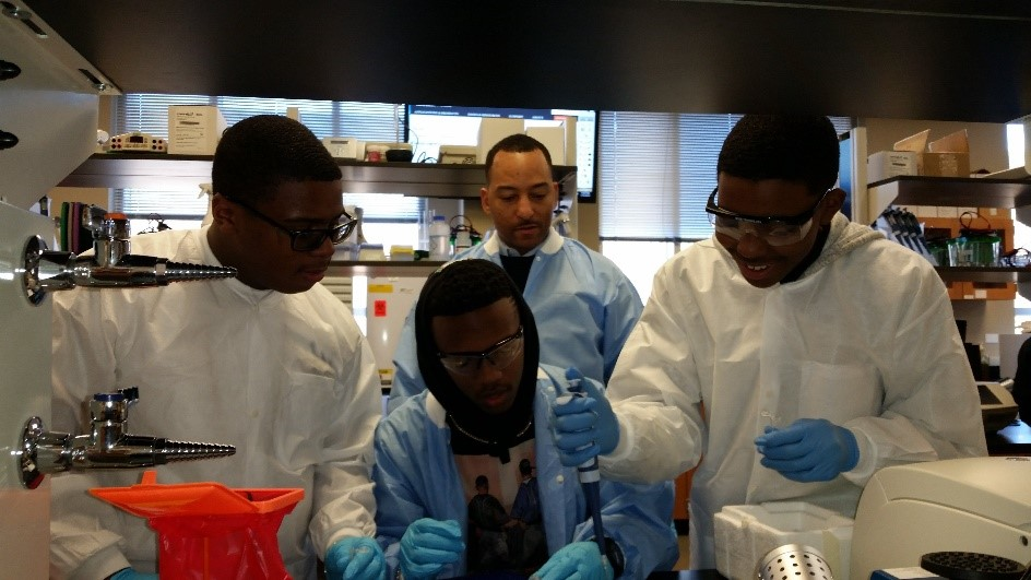 Future Kings participants in the lab