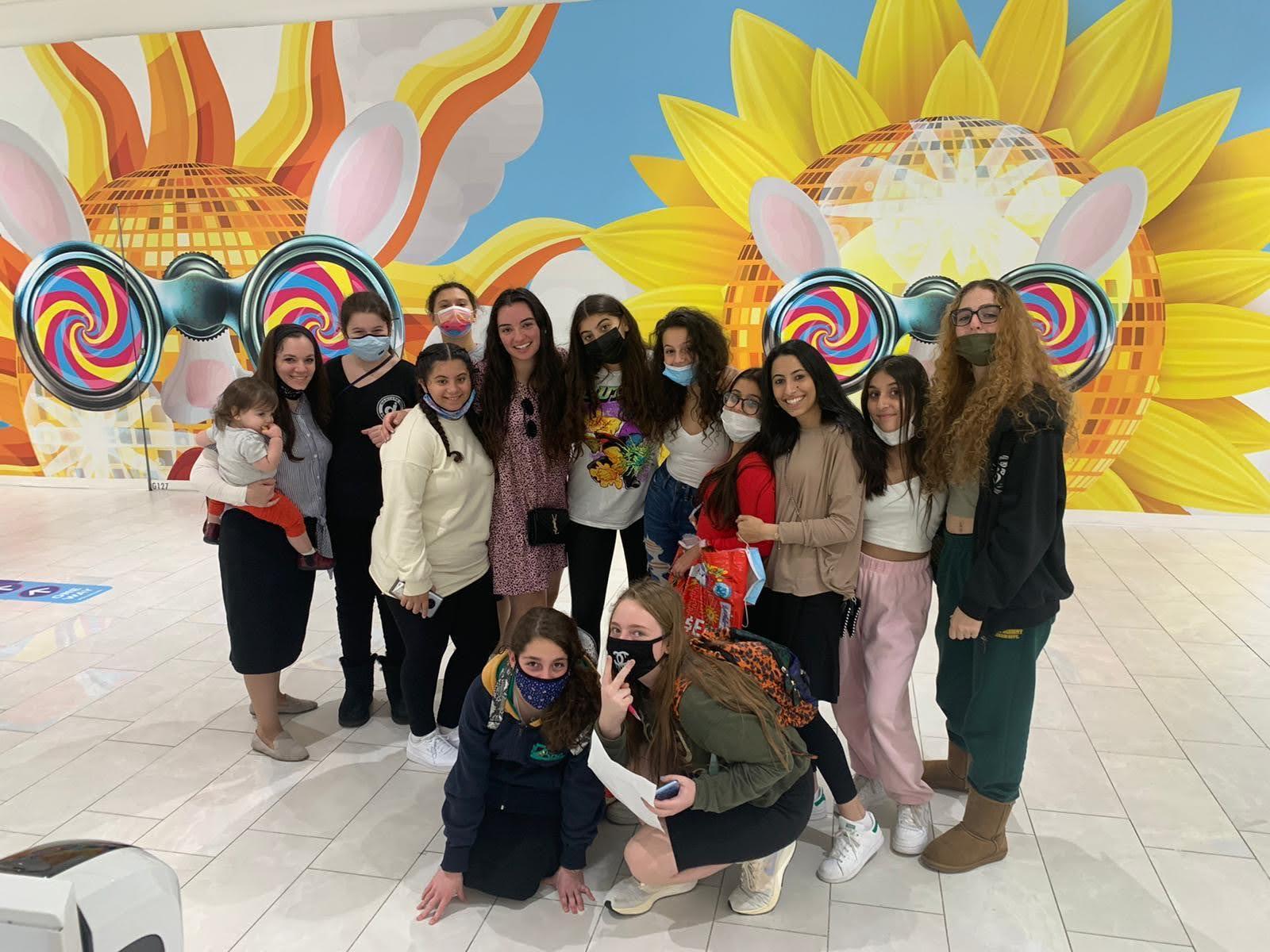 Batya Girls group photo