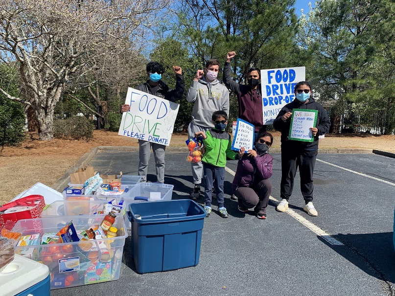 Pebble Tossers food drive during the pandemic